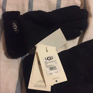 UGG Accessories - UGG shearling glove medium size